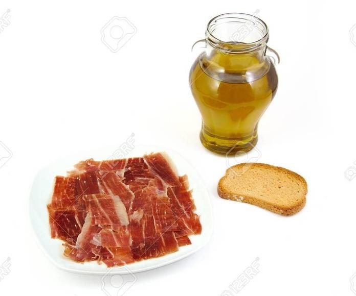 El Doctor que permite comer jamón ibérico y aceite de oliva para adelgazar