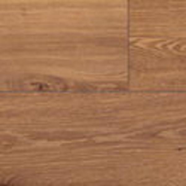UF995. Roble Vintage barnizado natural en planchas.