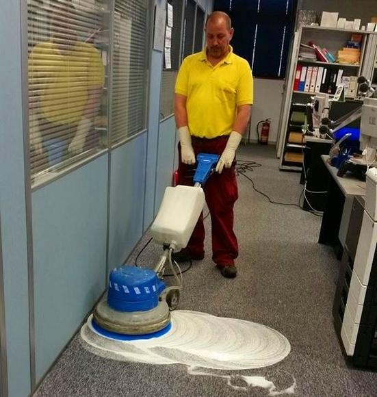Limpieza de moqueta: Servicios de Ahelimp