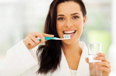 Mantén una buena higiene dental y ¡no pierdas tu sonrisa!