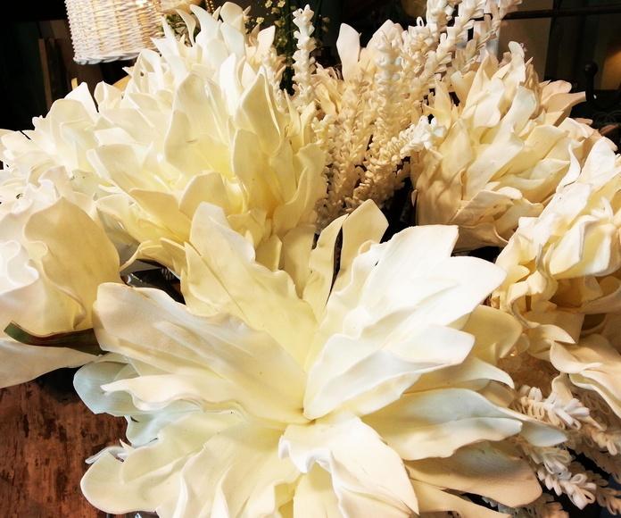 Flor de Foam Grande Blanca: Catálogo de Casa Nativa