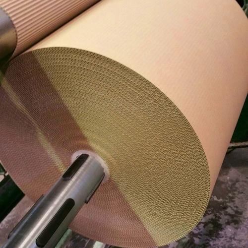Proceso de rebobinado cartón ondulado