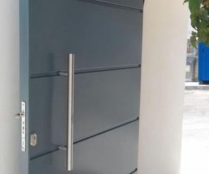 Puerta de acero galvanizado