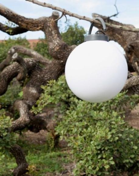 BOLA CON LAMPARA LED EXTERIOR.