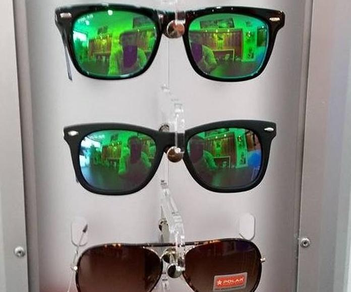 Monturas y gafas de sol: Servicios de Visión & CO Huelva