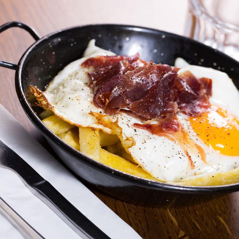 Con huevos: Carta y Raciones de Restaurante El Portón