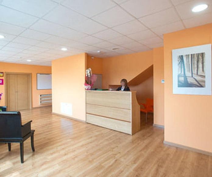 Servicio 24 horas: Servicios de Residencia Geriátrica Santirso