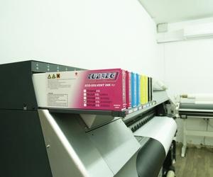 Imprenta especializada en rótulos luminosos en Sevilla