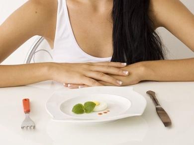 Tratornos de la alimentación. Inducción de craving por comida mediante realidad virtual no inmersiva