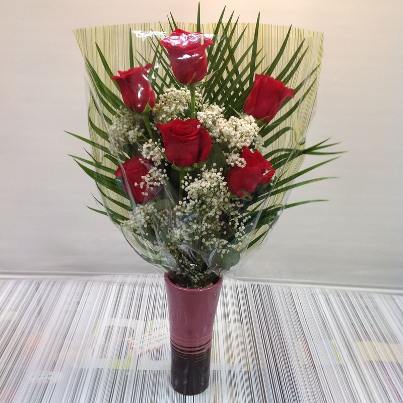 Ramo de 6 rosas: Servicios de Floristería Contreras