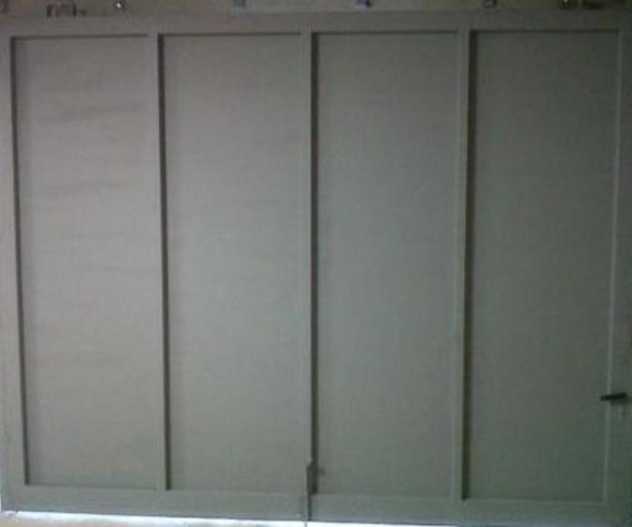 Puertas de hierro: Trabajos realizados  de Carpintería Metálica, Cerrajería y Forja Pérez