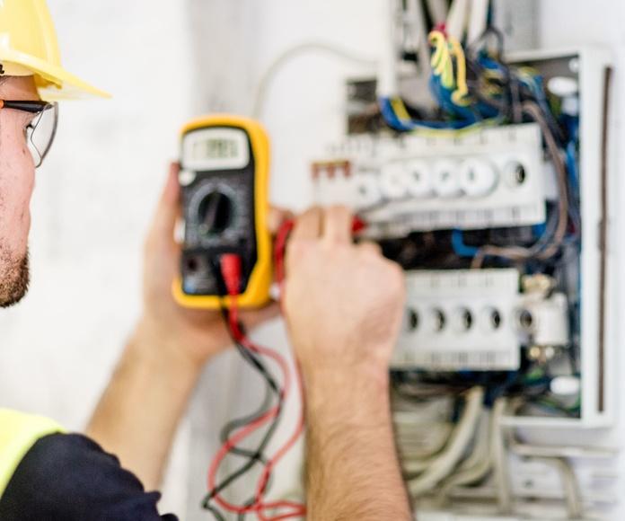 Mantenimiento de las instalaciones eléctricas industriales