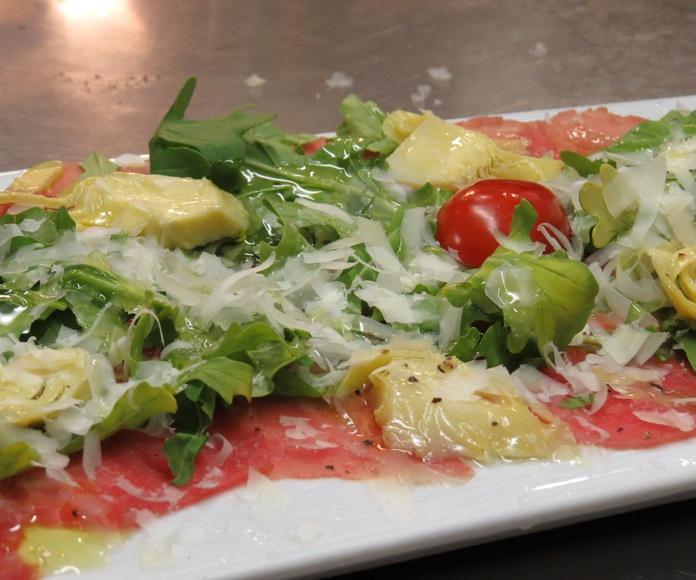 Entrantes: Amplia carta de Restaurante Locanda Italiana