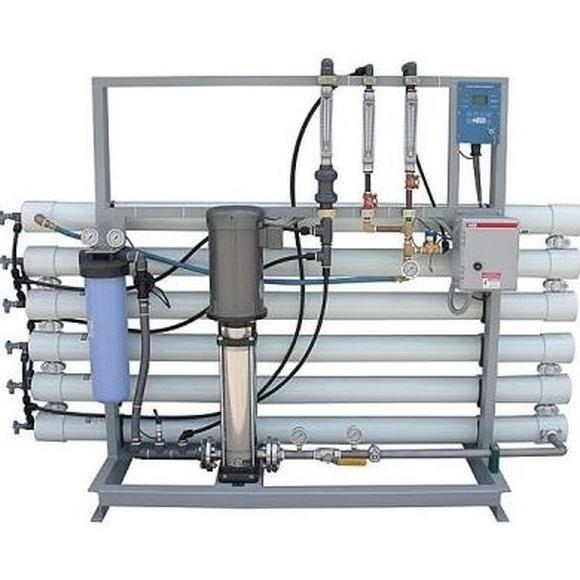 Instalación de osmosis inversa industrial: Servicios/Venta de equipos de Instalaciones Alba