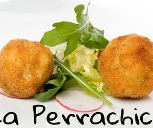Croquetas de pera y queso Gorgonzola
