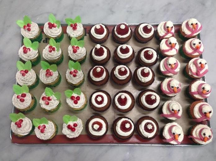 Catering para celebraciones o eventos: Productos de Pastelería Flor Isleña