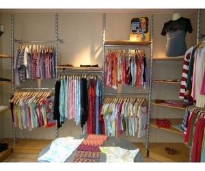 Estanterías tienda textil