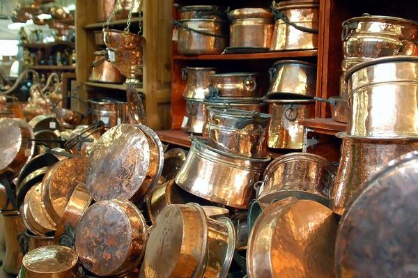 Compraventa de antigüedades y ferretería industrial en Tarragon