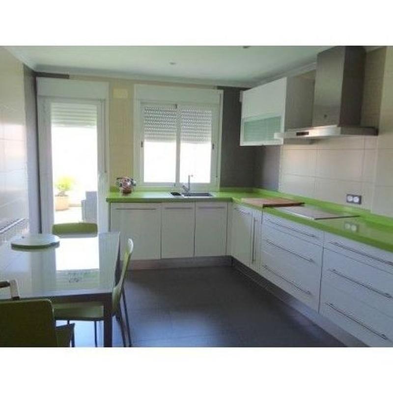 Ático en venta.   115.000€: Compra y alquiler de Servicasa Servicios Inmobiliarios