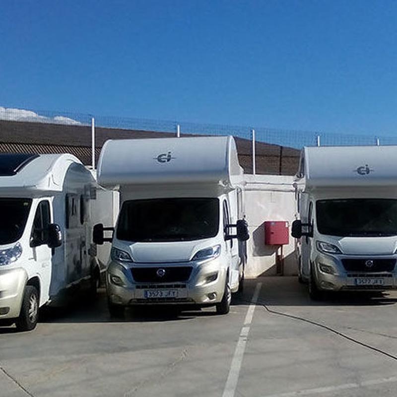 Parking: Alquiler, venta  y servicios de Autocaravanas Seyla