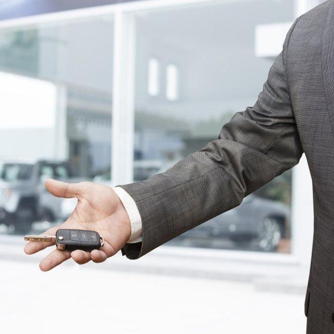 Dejarse las llaves en el coche, un despiste más común de lo que imaginas