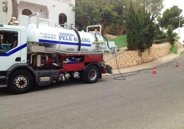 Servicio de mantenimiento de desagües