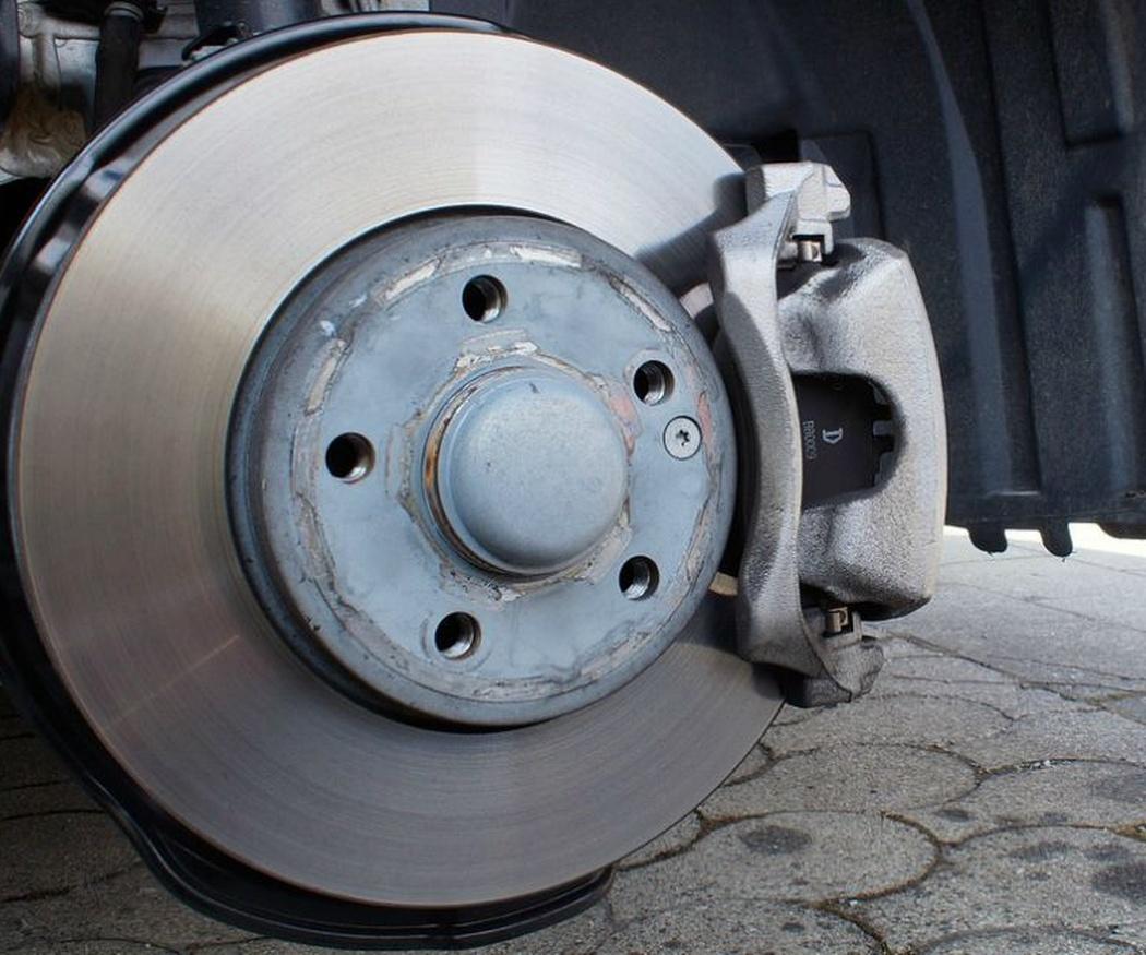 Los tipos de frenos para coches