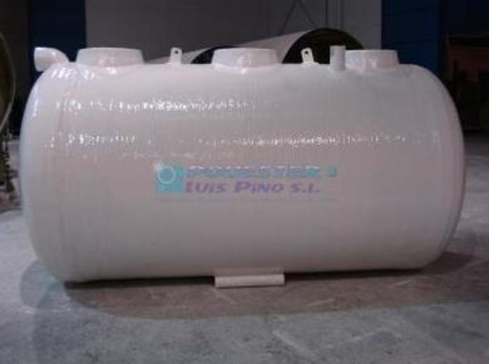 Depósitos de aguas residuales: Servicios y Productos de Poliéster Luis Pino