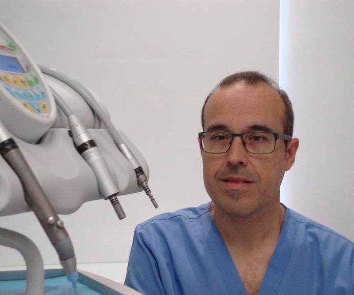 Dentista Javier Pérez en Cádiz
