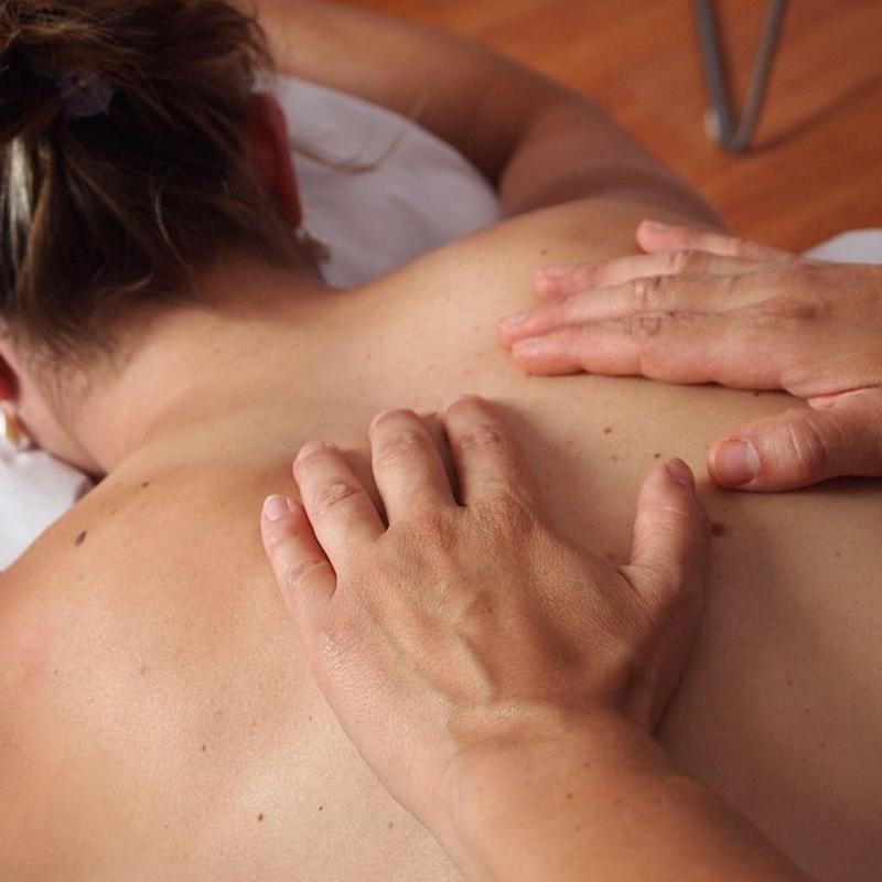 Masajes relajantes: Nuestros servicios de Estética Aloe