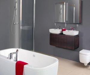 La carpintería de aluminio entra en tu baño
