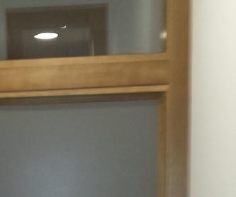 Puerta melamina y marco madera maciza