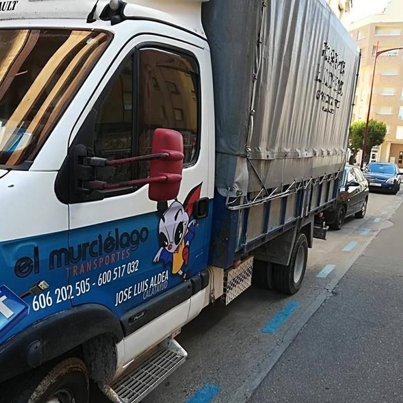 Transporte urgente: Servicios de Transportes el murciélago