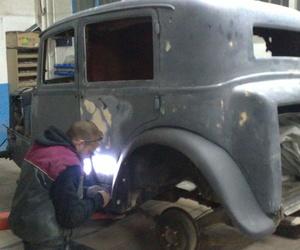 Taller de chapa y pintura. Restauración de vehículos y motos en Requena