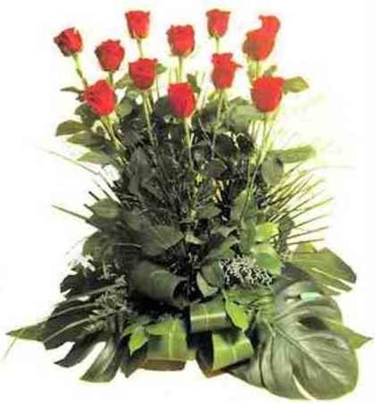 Centro 12 rosas: Catálogo de Regalos de Floresdalia.com