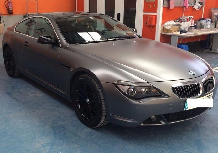 BMW Serie 6 - Espectacular cambio de color en gris mate y detalles en negro brillo