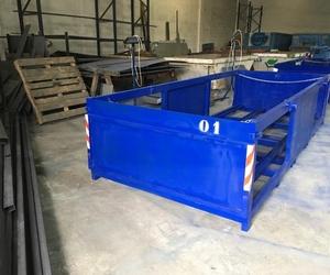 Agrupador contenedores de 800 litros