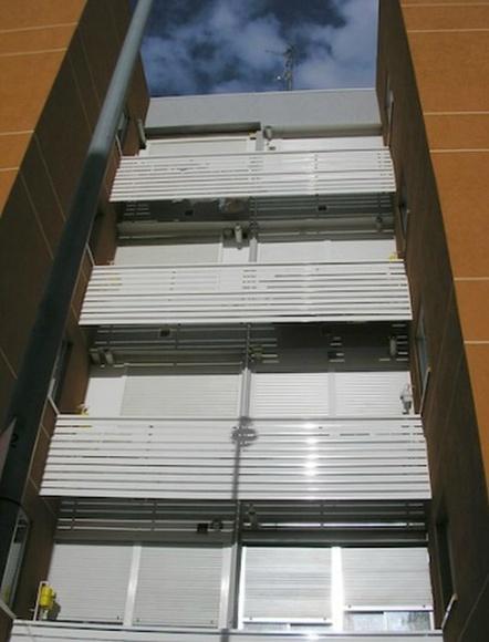 Instalación de carpintería exterior: Servicios  de Reicom Madrid