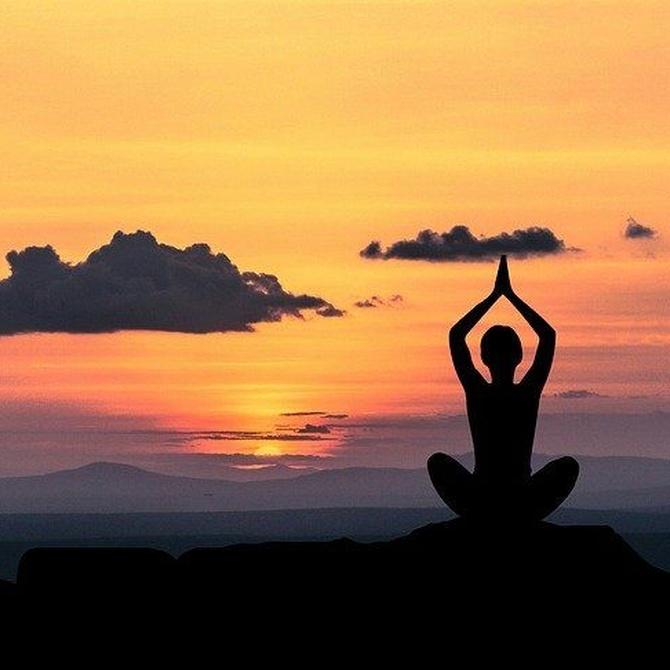 Ventajas de practicar yoga en la tercera edad