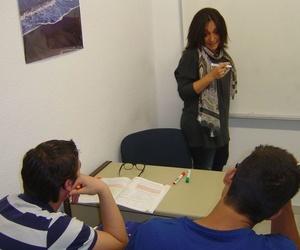 Todos los productos y servicios de Academias de formación profesional: Centro de Estudios Ciudad de los Periodistas