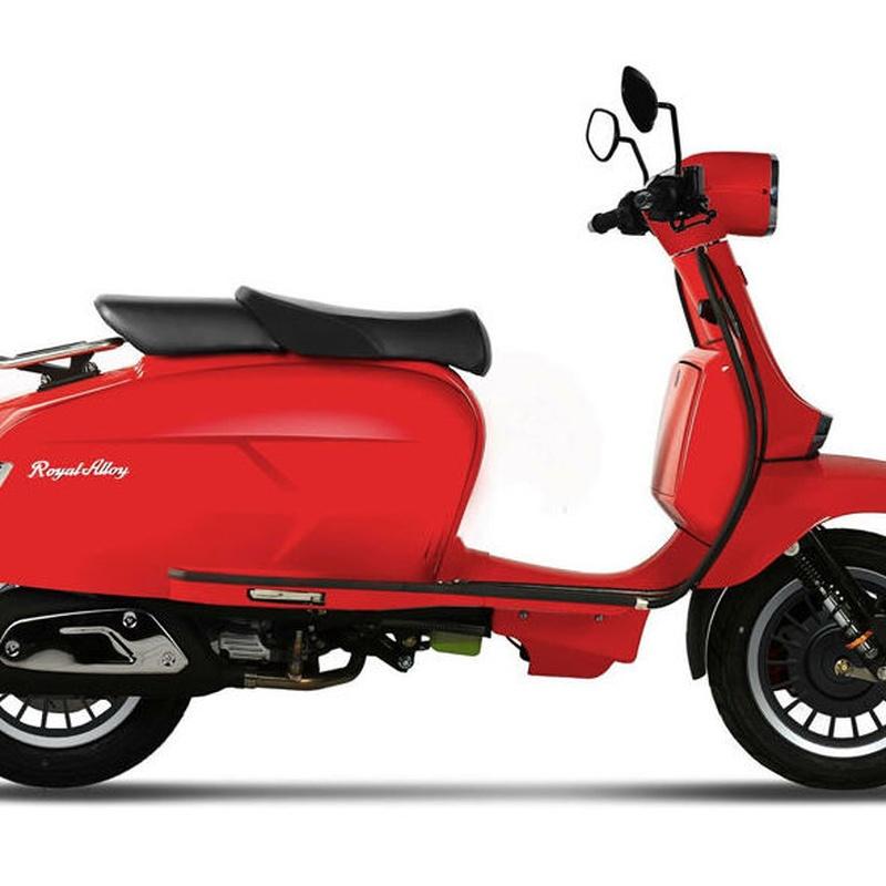 Gp 125 Lc: Motos, boutique y accesorios. de Suzuki Center (San Sebastian de los Reyes)