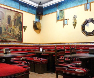 Galería de Restaurante de comida árabe en Madrid en Madrid | El Califa. Restaurante Árabe y Tetería