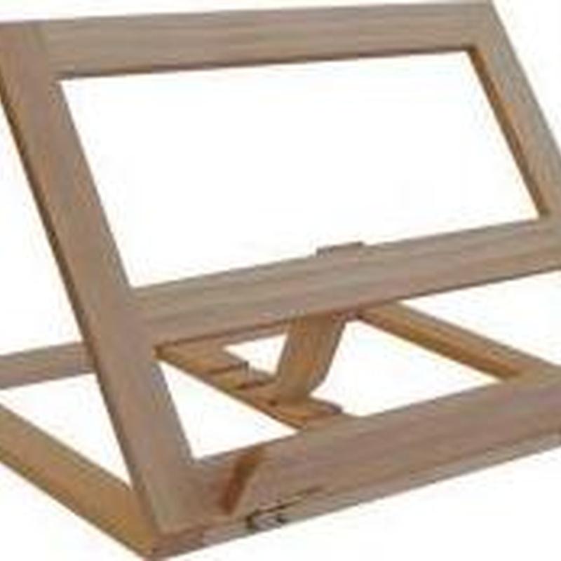 Atril madera plegable 34X26 cm. 8432764015396   12,95 €