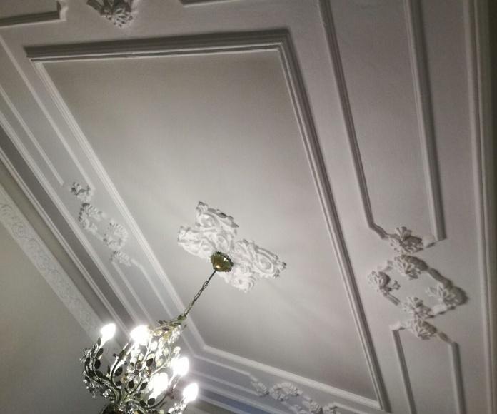 Pintado de molduras de techos