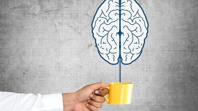 cafeína y una mejora en la atención y los niveles de alerta