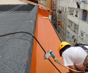 Mantenimiento de tejados, solución de humedades en Santander y Torrelavega