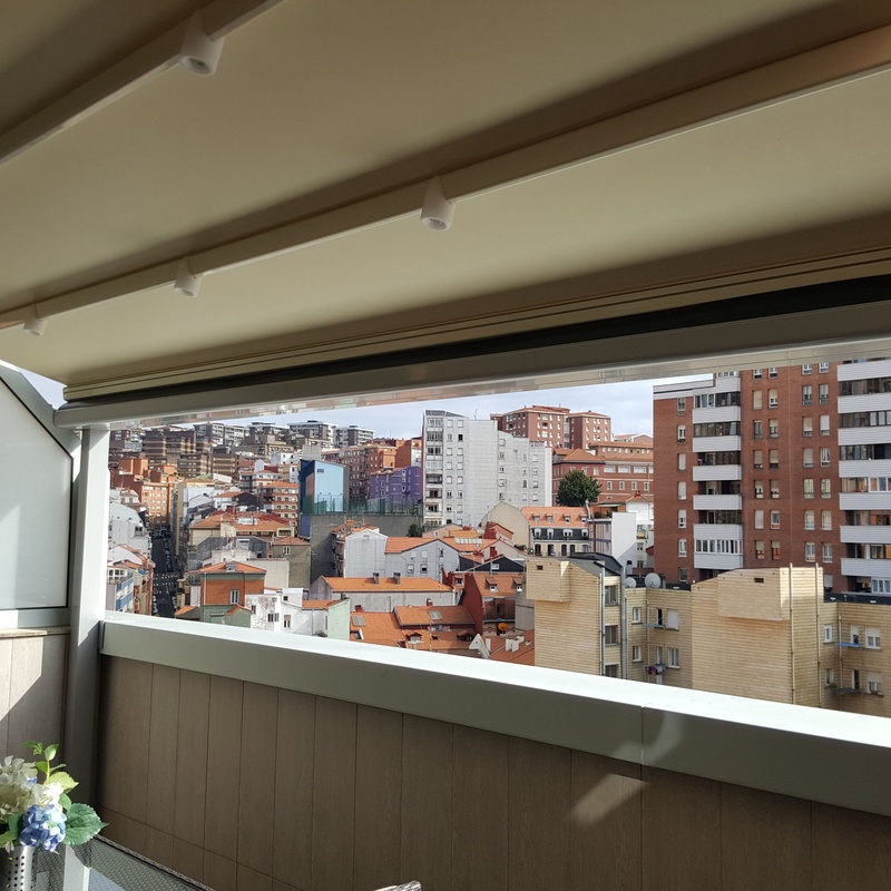 Toldo corredero técnico en Bilbao
