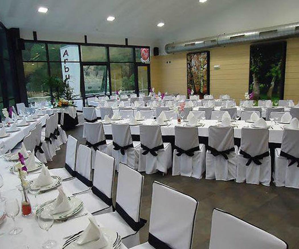 Requisitos de un salón de banquetes para acoger una boda