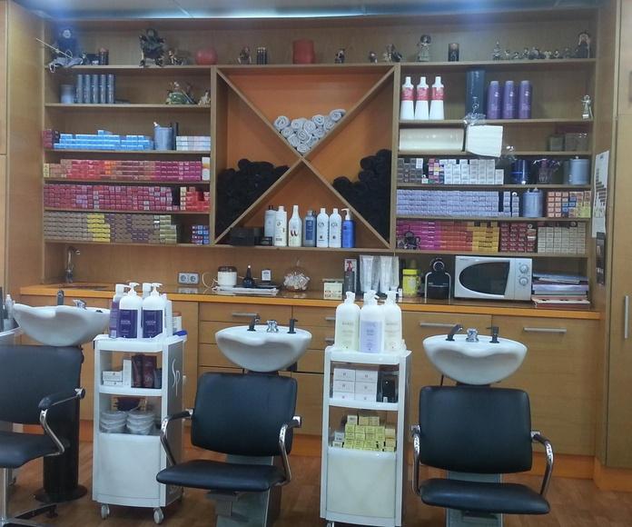 peluquería en Aguadulce