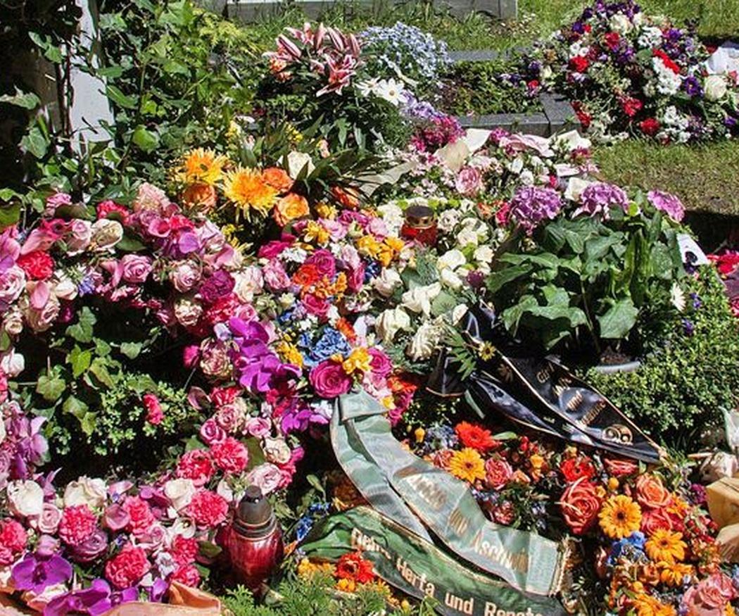 Flores adecuadas para enviar a un entierro